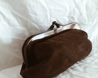 Alma suede pouch