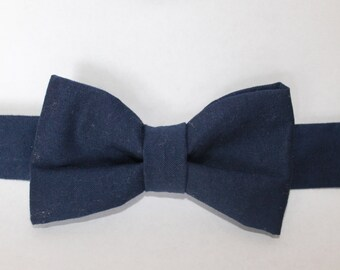 Solid navy blue bowtie - baby, boy, adjustable neckband closure
