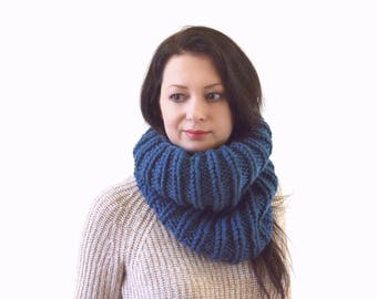 READY TO SHIP Chunky Knit Cowl Scarf | The London