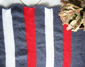 Wool blanket Antique handmade Vintage 70s cocooning hook Home sofa couch french flea market winter gift