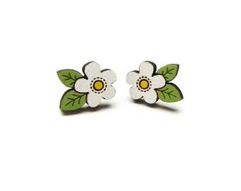 White Flower Earrings Earrings