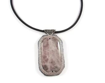 Collier femme, Collier quartz rose, collier noir et rose, Collier noir, bijoux mariage, bijoux mariee, bijoux fantaisie