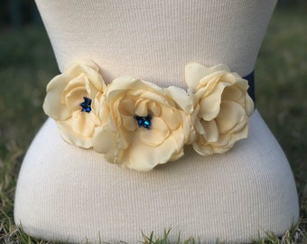 WPB Yellow sash Bridal/Bridesmaid/Flower girl belt sash/Little Girl Belt/ Yellow roses /Birthday Sash / Yellow flowers blue ribbon