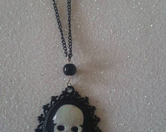 The Skull and bones necklace. Cameo, Skull, Victorian, goth, black, black, gothic jewellery, accessories, complements, alternative