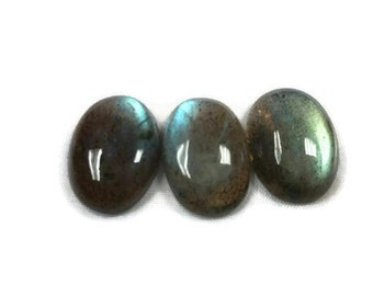 Labradorite 13x18MM Oval Cabs. Listing of 1 Pc. Natural Blue Fire Cabs.Code 300