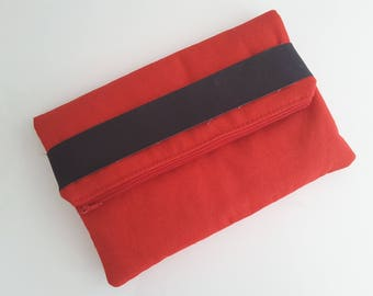 Red clutch with Cork