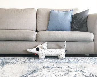 Dachshund Large light grey with black dots