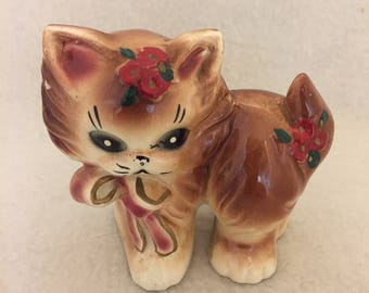 Brown Kitty with Red/Pink Bow and Red Flowers (#027)