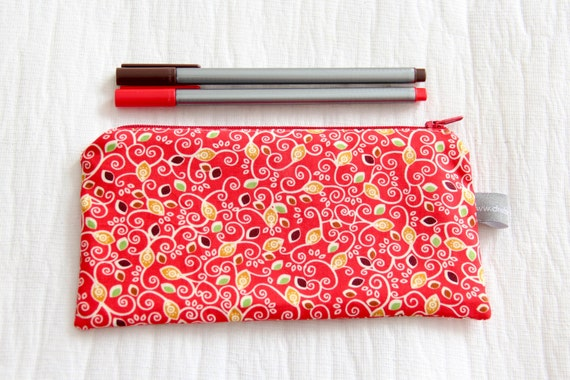 Pencil case - leaves - autumn - fall - red - green - brown - make up - jewelry - pencils - handbag - school