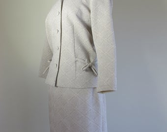 Fabulous Mad Men Silver w Bow 60s Crimplene Skirt Suit