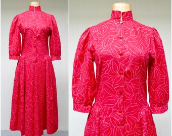 Vintage 1980s Dress / 80s Laura Ashley Red Cotton Abstract Print Dropwaist Dress / Small 34 Bust