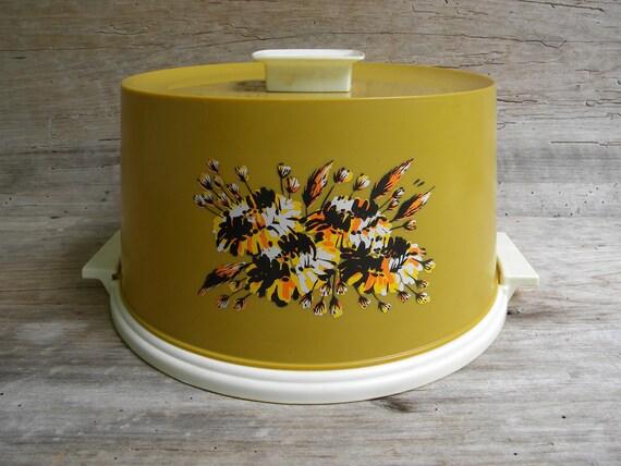 1960\'s Vintage Harvest Gold Plastic Cake Carrier / Cake Keeper ...
