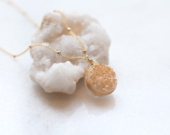 Beautiful peach, champagne druzy necklace, wire wrapped, round druzie, crystal delicate jewelry, dainty necklace, satellite chain