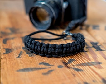 Camera Wrist Strap – Black / Gunmetal Clip – apmots - Sling Paracord Mirrorless DSLR Compact