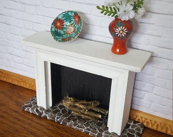 Dollhouse white fireplace 1-12 scale with two options: picture and candle, or vase and bowl.