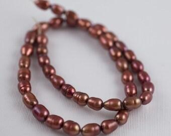 6x8mm Rost rot Süßwasserperlen - Reis Oval - 15-Zoll-Strang - 44 Perlen