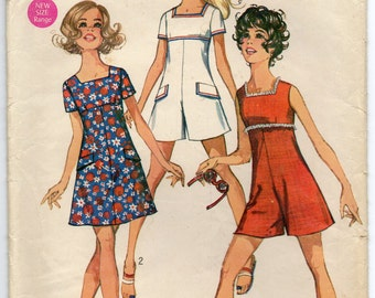 Dress And Mini Pantdress Empire Waistline Lowered Square Neckline Back Zipper Size 13 14 Used Vintage Sewing Pattern 1969 Simplicity 8215