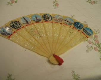 Vintage Souvenir Fan, Hand Held Fan, Chicago, Illinois, Souvenir of Chicago. Circa 1960s, Plastic Fan