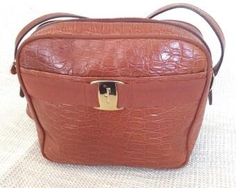 Genuine vintage fashionable SALVATORE FERRAGAMO Vara bow tan croc embossed leather purse bag