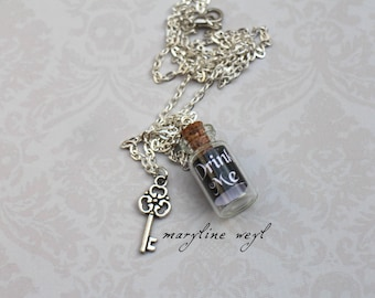 """""""vial necklace"""" drink me """"black"""" alice in Wonderland"""