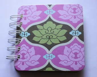 Amy Butler - Hot Pink \/ Olive Green - Gracious lotus - Sola collection - Post It Note Holder Planner