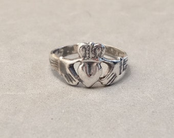 Vintage Irish Claddagh Ring Sterling Silver Size 6.25 Celtic Ireland Jewelry Mens Mans Ladies