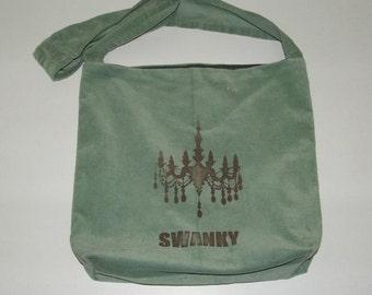 Swanky Mint Messenger