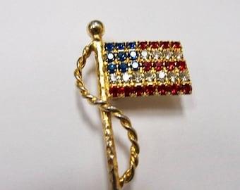 On Sale Vintage Prong Set Rhinestone American Flag Pin Item K # 3239