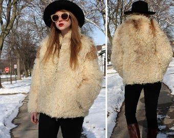 70s MONOGOLIAN Lambskin Fur Coat Vintage Real Fur White Cream Brown Sheepskin Shaggy Hair Women Winter Jacket Modern Medium Size Topper