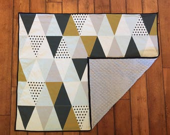 Triangle Baby Boy Blanket