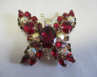 """Vintage gold tone butterfly red jeweled metal brooch 2"""" no markings"""