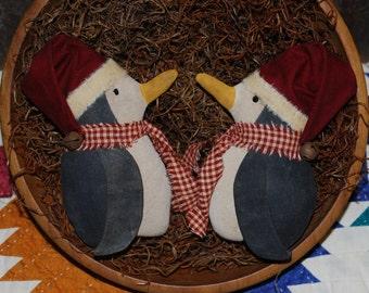 EPATTERN -- Christmas Side Facing Penguin Tucks Primitive Bowl Filler Pattern