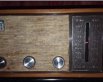 Radio Vintage amiral YH-511 Tube
