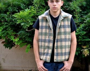 Vintage Woolrich Men's Reversible Vest Size L made in USA
