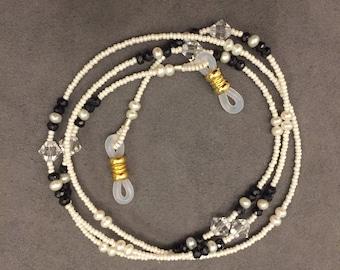 CHELSEA Beaded eyeglass chain, ivory & jet