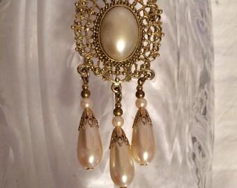 Goldtone Openwork Framed Pearl Center w/ Hanging Pearls Brooch