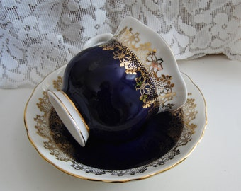 Crown Staffordshire Fine Bone China Tea Cup and Saucer, Cobalt Blue, White and Gold, Gold Trim, Made in England, Art Deco Style, H102