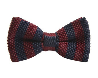 Knitted Red Plaid Bow Tie | tartan bowtie | tartan plaid | tartan plaid wedding | wedding | ideas | groom