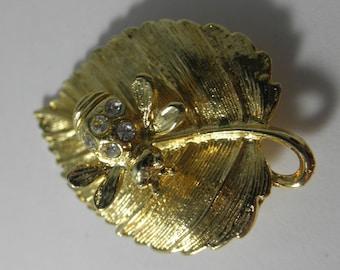 "TREMBLER Bee on a Leaf Gold Tone - 1-7/8"""