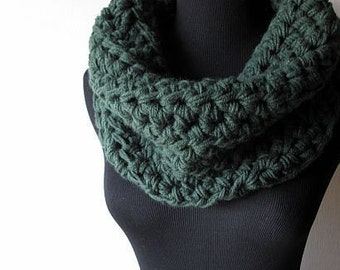 Thermal Snuggly Cowl Neck Warmer in Warm Cuddly Thick Emerald Woodland Forest Green