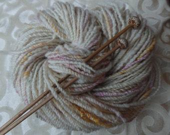 Creamcake handspun yarn, Scottish Jacob fleece, 100 yards aran weight