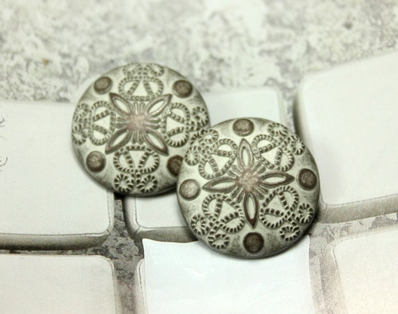 Metal buttons damascene carvings copper