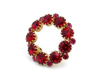 Vintage Red Pink Rhinestone Circle Brooch, Small Unsigned Pin, 1950s Costume Jewelry