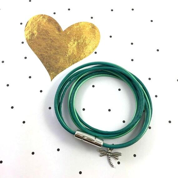 Leather, magnetic, magnet, bracelet, turquise, mint, dragonfly charm, choker necklace, magnet, les perles rares