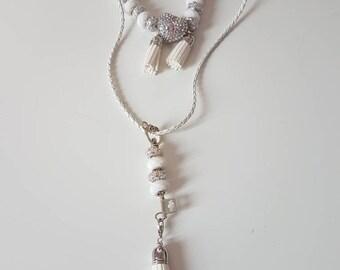 White necklace and bracelet set
