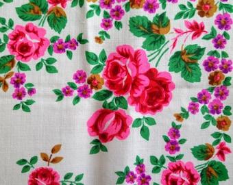 Vintage Soviet Russian shawl with floral design,Soviet USSR women head scarf, wool scarf ,Folk Floral Scarf, Babushka Shawl
