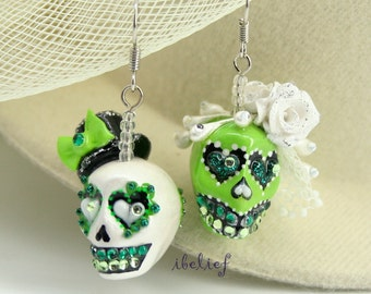 Skull in a-day is the day of the dead skulls bride&groom earrings stone ES0077