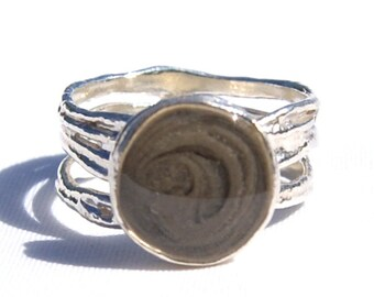 Textured Band Cremation Ring with 10mm Circle Setting - Sterling Silver Pet Cremation Jewelry