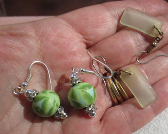 Lot Of Retro Dangling Pierced Earrings Green Beaded Rhinestone Rondelle Glass TLC