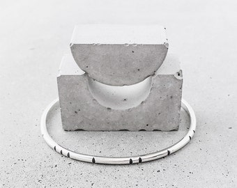 Carved Tribal Cuff / sterling silver / modern minimal layering jewelry